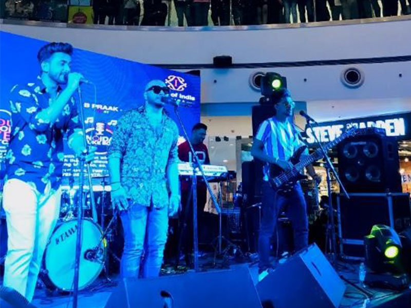 Noida Juke Box-at-DLF-Mall-Of-India-Noida-April-May-June-2019-Image-5